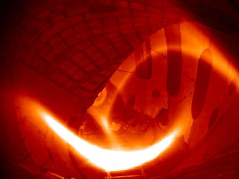 Водородная плазма в термоядерном реакторе Wendelstein 7-X