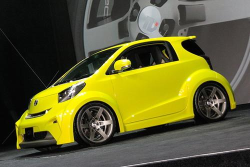 Электромобиль Scion iQ