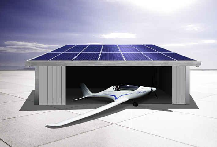 Солнечный электросамолет PC-Aero