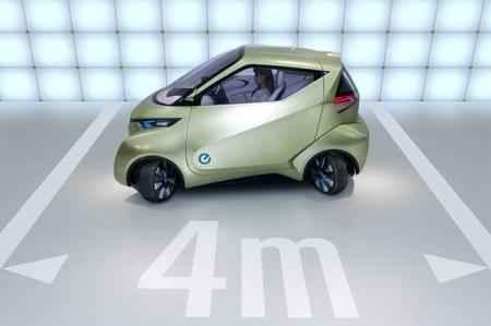Всего 4 метра нужно для разворота электромобилю Pivo