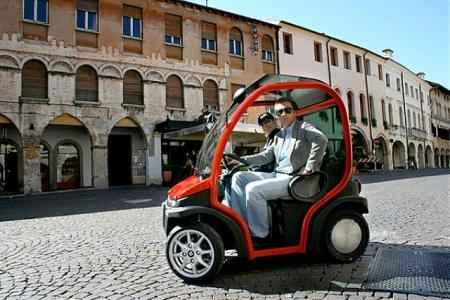Biro Estrima – это легкий и удобный мотороллер, с комфортом и безопасностью автомобиля