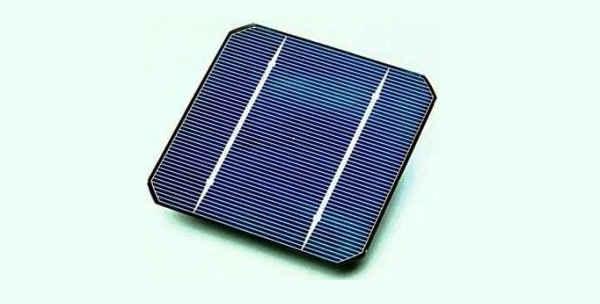 Токопроводящее покрытие из оксида цинка на солнечной батарее
