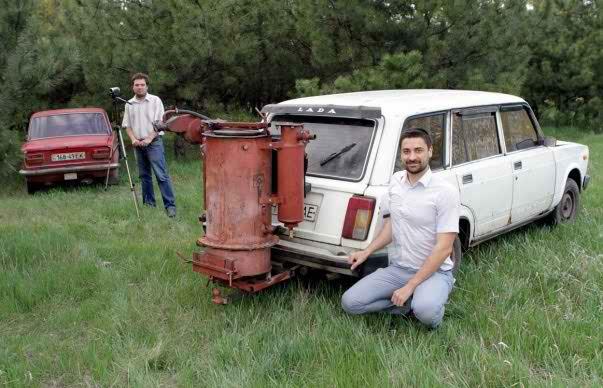 Два газогенераторных автомобиля жигули